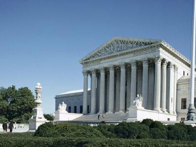https://imgc.allpostersimages.com/img/posters/supreme-court-building-washington-d-c-usa_u-L-P1JXNH0.jpg?p=0