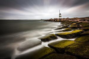 IJmuiden Lighthouse by Sus Bogaerts