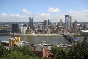 View from Mount Washington, Pittsburgh, Pennsylvania, USA. by Susan Pease