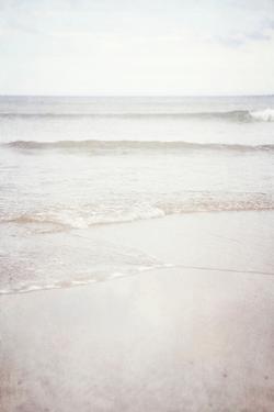Lyall Beach 8 by Susannah Tucker