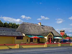 Sweep Thatched Pub, Kilmeaden, County Waterford, Ireland