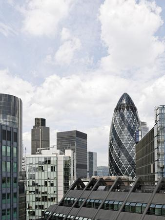 https://imgc.allpostersimages.com/img/posters/swiss-re-tower-by-architect-sir-norman-foster-30-st-mary-axe-city-of-london-england-uk_u-L-Q11YSDD0.jpg?p=0