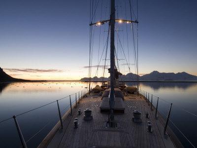 https://imgc.allpostersimages.com/img/posters/sy-adele-180-foot-hoek-design-anchored-at-night-time-in-yankee-harbour-antarctica-2007_u-L-Q10W6K40.jpg?p=0