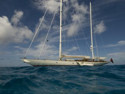 https://imgc.allpostersimages.com/img/posters/sy-adele-180-foot-hoek-design-anchored-off-the-coast-of-st-barts_u-L-Q10W6CT0.jpg?p=0