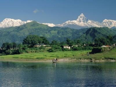 Machapuchare (Machhapuchhre) Peak, Pokhara, Himalayas, Nepal