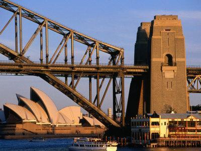 https://imgc.allpostersimages.com/img/posters/sydney-opera-house-framed-by-harbour-bridge-sydney-australia_u-L-P3SCQX0.jpg?p=0
