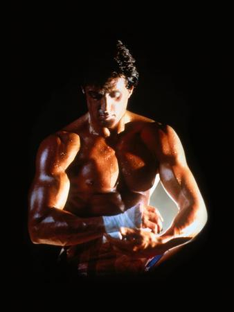 https://imgc.allpostersimages.com/img/posters/sylvester-stallone-rocky-iv-1985-directed-by-sylvester-stallone_u-L-Q1E585L0.jpg?artPerspective=n