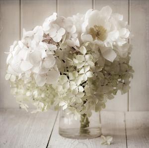 White Flower Vase by Symposium Design