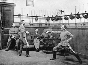 Fechtübung in Spanien, 1910 by SZ Photo