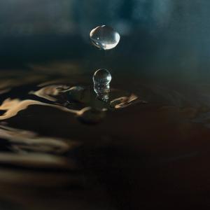 Blue Drop I by Tammy Putman