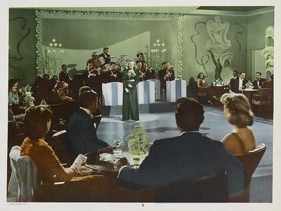 https://imgc.allpostersimages.com/img/posters/tarzan-s-new-york-adventure-1942_u-L-P99HRD0.jpg?artPerspective=n