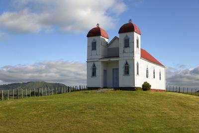 https://imgc.allpostersimages.com/img/posters/te-puke-marae-maori-church-raetihi-north-island-new-zealand-pacific_u-L-PQ8OMZ0.jpg?p=0