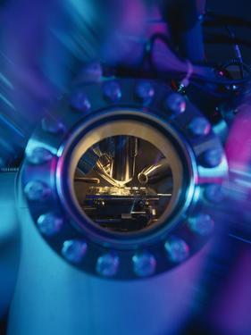 Mass Spectrometer by Tek Image