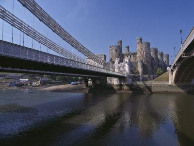 https://imgc.allpostersimages.com/img/posters/telford-suspension-bridge-opened-in-1826-crossing-the-river-conwy-with-conwy-castle-beyond_u-L-P91LTB0.jpg?p=0