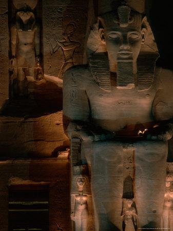 https://imgc.allpostersimages.com/img/posters/temple-facade-details-colossal-figures-of-ramses-ii-new-kingdom-abu-simbel-egypt_u-L-P581R80.jpg?p=0