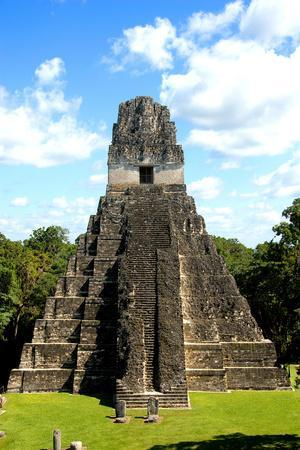 https://imgc.allpostersimages.com/img/posters/temple-i-temple-of-the-giant-jaguar-at-tikal-guatemala-central-america_u-L-Q1GYKJ20.jpg?artPerspective=n