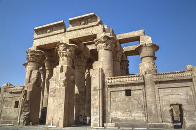 https://imgc.allpostersimages.com/img/posters/temple-of-haroeris-and-sobek-kom-ombo-egypt-north-africa-africa_u-L-PWFMBU0.jpg?p=0