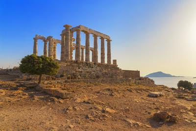 https://imgc.allpostersimages.com/img/posters/temple-of-poseidon-cape-sounion-attica-greece_u-L-Q1GYVCH0.jpg?p=0
