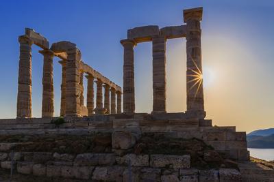 https://imgc.allpostersimages.com/img/posters/temple-of-poseidon-cape-sounion-attica-greece_u-L-Q1GYY2M0.jpg?p=0