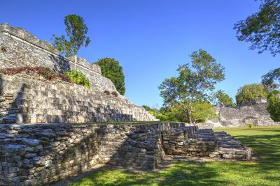 https://imgc.allpostersimages.com/img/posters/temple-of-the-king-kohunlich-mayan-archaeological-site-quintana-roo-mexico-north-america_u-L-PWFT5G0.jpg?p=0