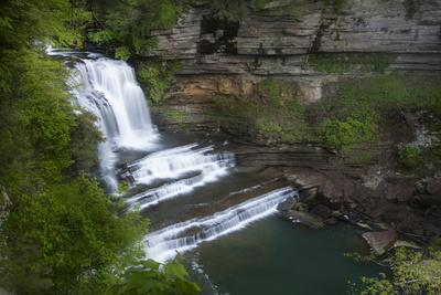 https://imgc.allpostersimages.com/img/posters/tennessee-cummins-falls-state-park-waterfall-and-cascade-of-blackburn-fork-state-scenic-river_u-L-Q12T5SG0.jpg?p=0