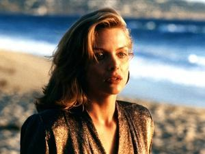 TEQUILA SUNRISE, 1988 directed by ROBERT TOWNE Michelle Pfeiffer (photo)