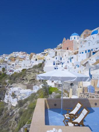 https://imgc.allpostersimages.com/img/posters/terrace-in-oia-santorini-cyclades-greek-islands-greece-europe_u-L-P7X1N80.jpg?p=0