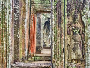 Asia, Cambodia, Angkor Watt, Siem Reap by Terry Eggers