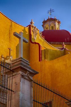 Mexico, Guanajuato, Basilica Coelgiata de Nuestra. by Terry Eggers