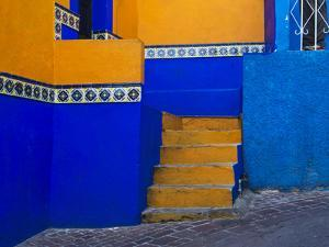 Mexico, Guanajuato, Colorful Back Alley by Terry Eggers