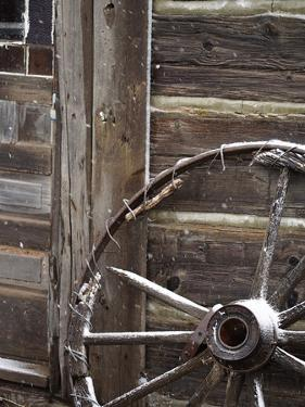 USA, WyomingCody, Old Wagon Well in Western Town by Terry Eggers