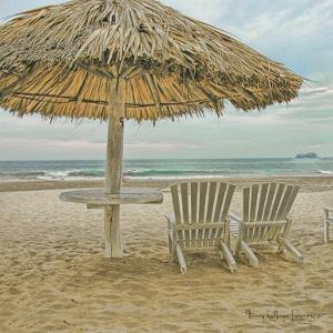 Ixtapa by Terry Lawrence