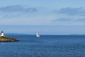 Usa, Maine, Camden, Curtis Island Light by Tetra Images