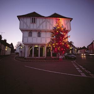 Thaxted Guildhall at Christmas time