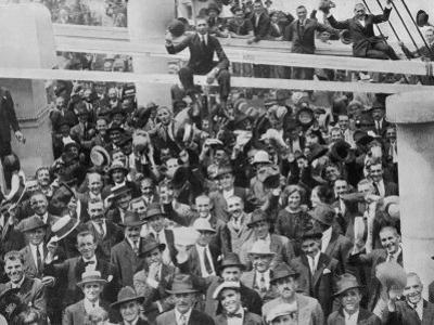 The Arrival of 2447 Italian Immigrants at New York