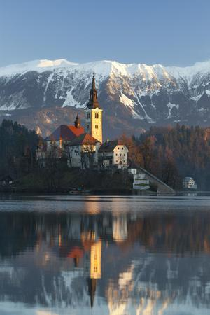https://imgc.allpostersimages.com/img/posters/the-assumption-of-mary-pilgrimage-church-on-lake-bled-bled-slovenia-europe_u-L-PWFEHJ0.jpg?p=0