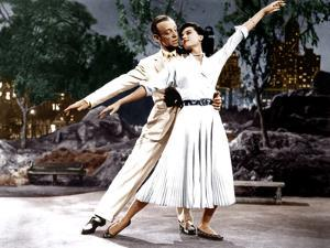 THE BAND WAGON, from left: Fred Astaire, Cyd Charisse, 1953