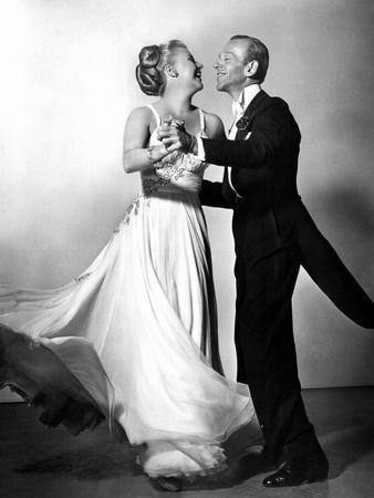 https://imgc.allpostersimages.com/img/posters/the-barkleys-of-broadway-ginger-rogers-fred-astaire-1949_u-L-PH4DVH0.jpg?artPerspective=n