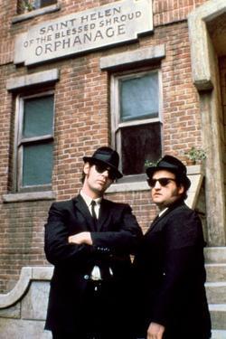 THE BLUES BROTHERS, 1980 directed by JOHN LANDIS Dan Aykroyd and John Belushi (photo)