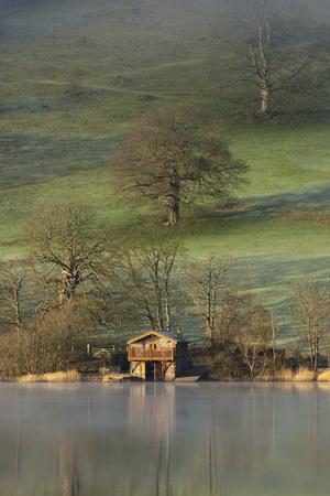 https://imgc.allpostersimages.com/img/posters/the-boathouse-ullswater-lake-district-national-park-cumbria-england-united-kingdom-europe_u-L-PWFAXA0.jpg?p=0