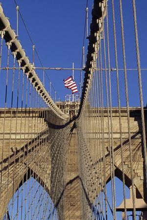 https://imgc.allpostersimages.com/img/posters/the-brooklyn-bridge-new-york-united-states_u-L-POTHW80.jpg?p=0