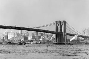 The Brooklyn Bridge Spans the East River, Ca. 1910