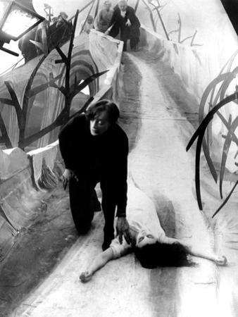 The Cabinet of Dr. Caligari, Conrad Veidt, Lil Dagover, 1920