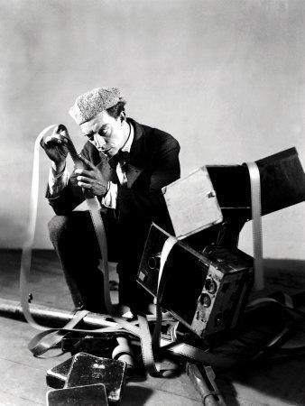 https://imgc.allpostersimages.com/img/posters/the-cameraman-buster-keaton-1928_u-L-P6QFPS0.jpg?artPerspective=n