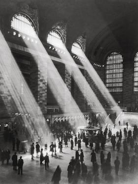 Grand Central Station by The Chelsea Collection