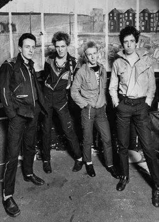 The Clash - London 1977