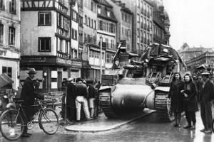 The First Allied Tanks Arrive in Strasbourg, Alsace, November 1944