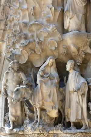 https://imgc.allpostersimages.com/img/posters/the-flight-to-egypt-on-the-nativity-facade-by-antoni-gaudi-sagrada-familia-basilica_u-L-Q1GYHLY0.jpg?artPerspective=n