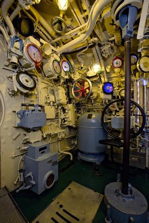 https://imgc.allpostersimages.com/img/posters/the-helmsman-station-on-the-captured-german-submarine-u505_u-L-PW2Z480.jpg?p=0