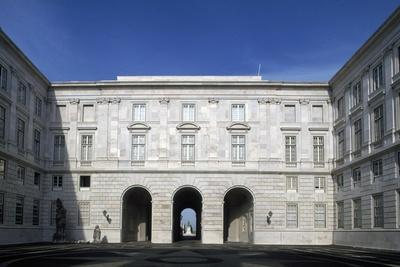 https://imgc.allpostersimages.com/img/posters/the-inner-courtyard-of-the-ajuda-national-palace_u-L-PPQB7R0.jpg?p=0